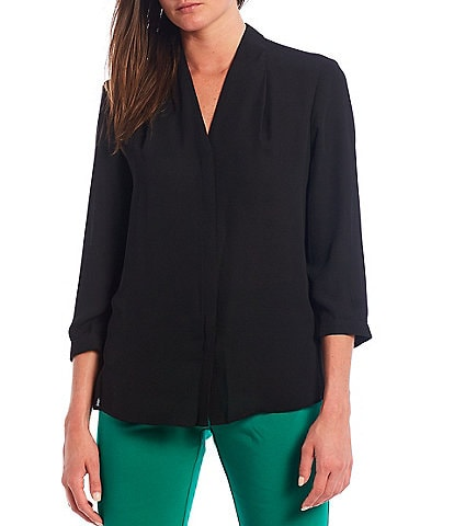 Investments V-Neck 3/4 Sleeve Button Front Top