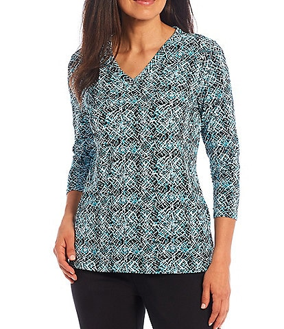 Investments Petite Size 3/4 Sleeve Print V-Neck Top