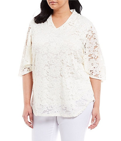 Investments Plus Size Short Sleeve V-Neck Lace Top