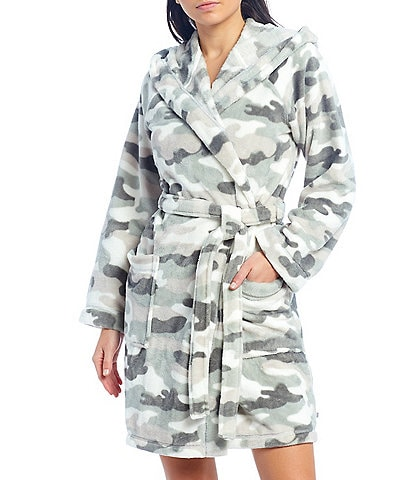 iRelax Camouflaged Print Recycled Plush Hoodie Short Wrap Robe