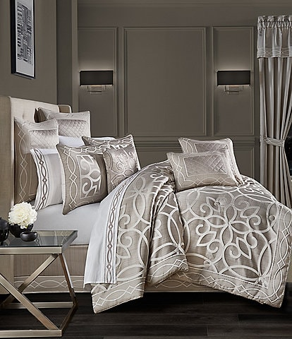 J. Queen New York Deco Comforter Set