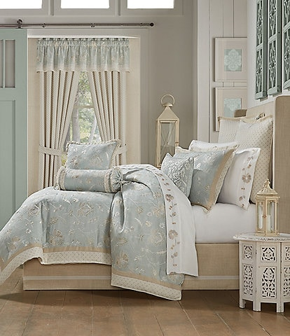 J. Queen New York Garden View Comforter Set