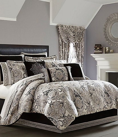 J. Queen New York Guiliana Comforter Set