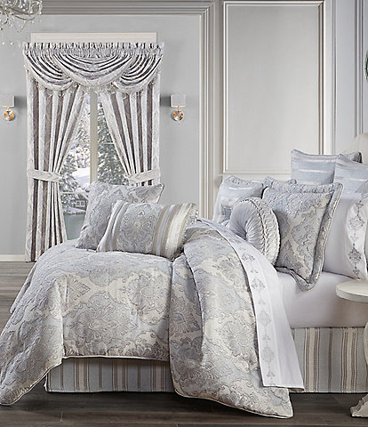 J. Queen New York Iceland Comforter Set