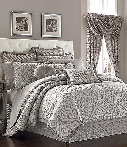 J. Queen New York Luxembourg Silver Comforter Set