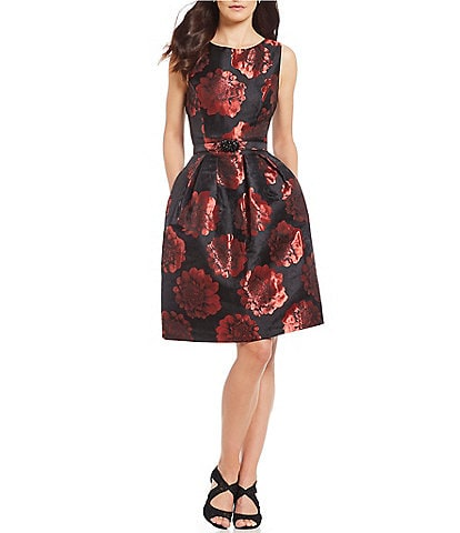 Jessica Howard Petite Size Floral Print Sleeveless Jacquard Dress