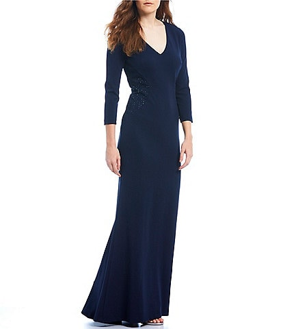 Jessica Howard Scuba Crepe Side Panel V-Neck 3/4 Sleeve Gown