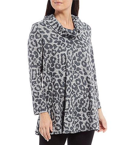 John Mark Leopard Print 3/4 Sleeve Cowl Neck Button Back Top