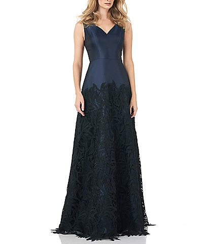 Kay Unger Sleeveless V-Neck Guipure Lace Mikado Gown