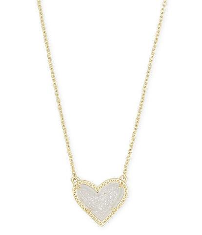 Kendra Scott Ari Heart Gold Short Pendant Necklace