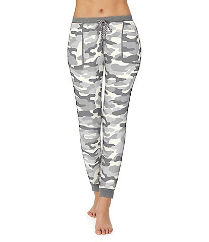 Kensie Camouflaged Print Jersey Knit Jogger Pants