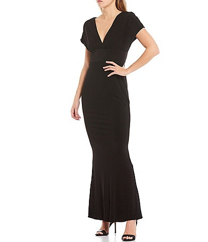 Laundry by Shelli Segal Kimono Sleeve V-Neck Matte Jersey Mermaid Gown