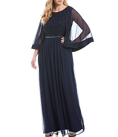 Le Bos Plus Size Embroidered Lace Capelet Gown