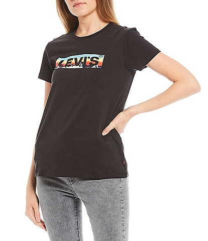 Levi's® Boxtab Fill Logo Perfect Graphic Tee