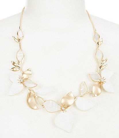 Lonna & Lilly White Flower Petal Necklace