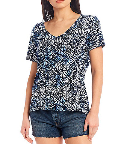 Lucky Brand Geo Print V-Neck Short Sleeve Hi-Low Tee