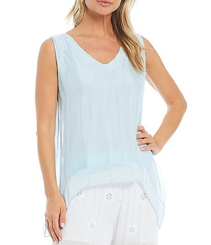 M Made in Italy V-Neck Silk Blend Hi-Low Top