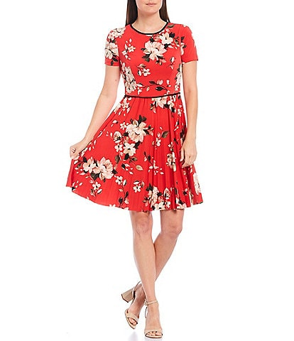 Maggy London Petite Size Floral Print Short Sleeve Pleated Jersey Dress