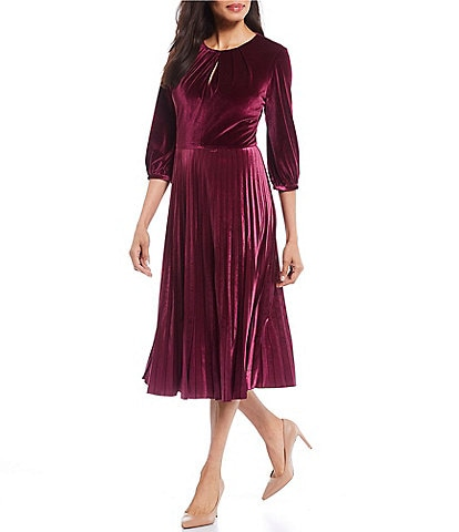 Maggy London Petite Size Velvet 3/4 Sleeve Pleated Midi Dress
