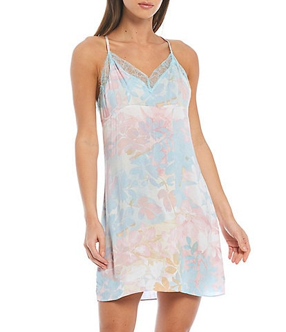 Midnight Bakery Floral Print Sleeveless Lace Trim V-Neck Woven Chemise