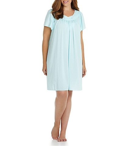 Miss Elaine Plus Tricot Short Gown