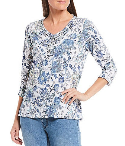 Multiples Petite Size Multi Floral Print Knit Embellished V-Neck 3/4 Sleeve Top