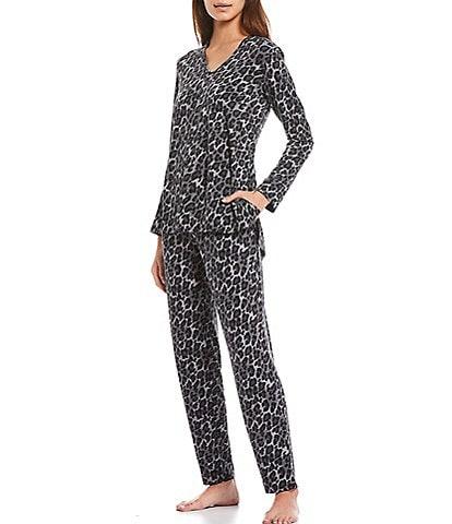 Natori Animal Print V-Neck Long Sleeve Jersey Knit Pajama Set