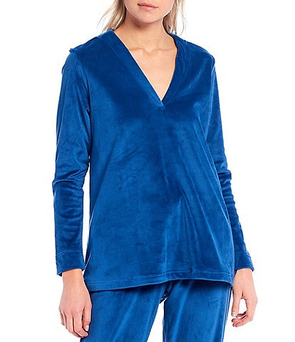 Natori Velour V-Neck Long Sleeve Swing Top
