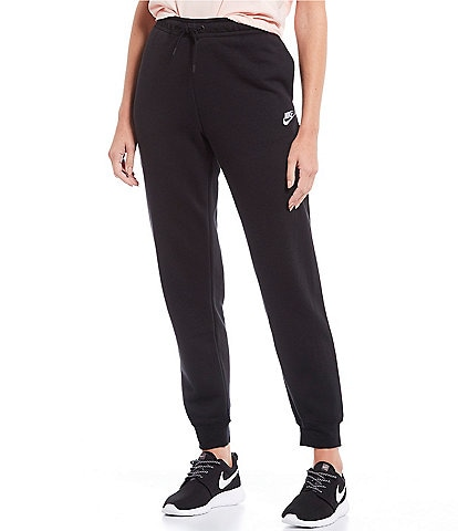 Nike Essential Fleece Lined Jogger Pants