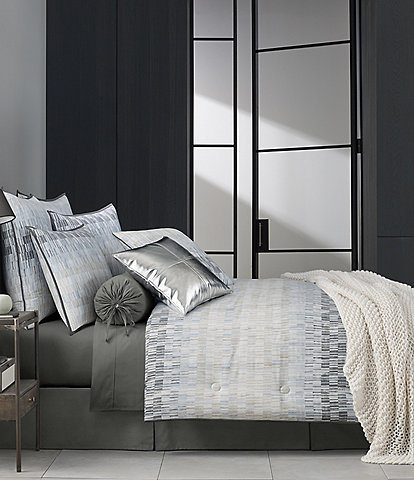 Oscar/Oliver Flatiron Comforter Set