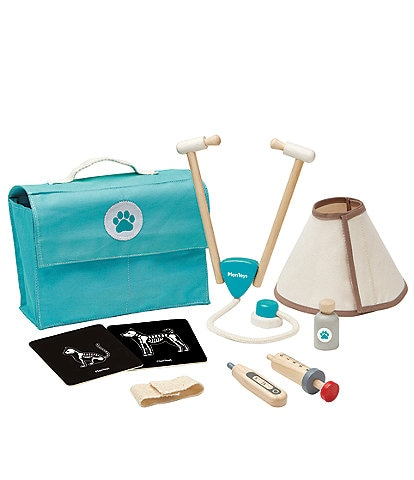 Plan Toys Toy Vet Set