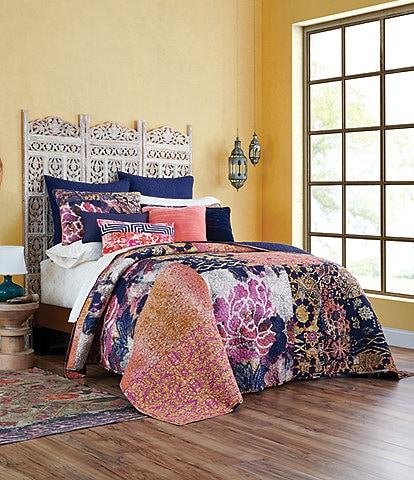 Poetic Wanderlust by Tracy Porter Livia Quilt