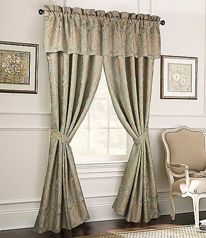 Rose Tree Norwich Damask Green Medallion Jacquard Window Treatments