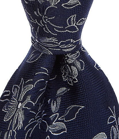 Roundtree & Yorke Aviano Floral Traditional 3 3/8#double; Silk Tie