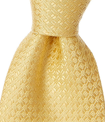 Roundtree & Yorke Trademark Support Solid Narrow 3 1/8#double; Silk Tie