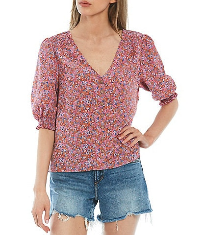 Sanctuary It's A Must Ditsy Print V-Neck Puff Sleeve Button Front Blouse
