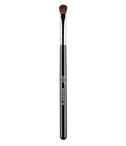 Sigma Beauty E54 Medium Sweeper™ Brush