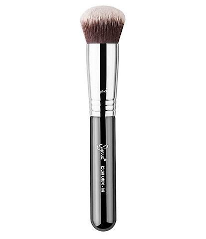 Sigma Beauty F82 Round Kabuki™ Brush