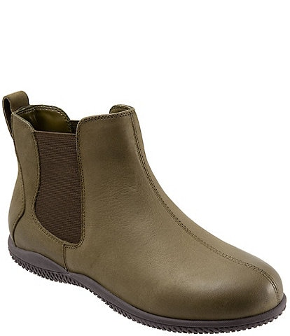 SoftWalk Highland Leather Chelsea Booties