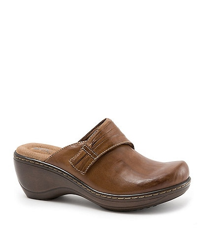 SoftWalk Mason Leather Clogs
