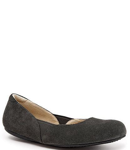SoftWalk Norwich Suede Flats
