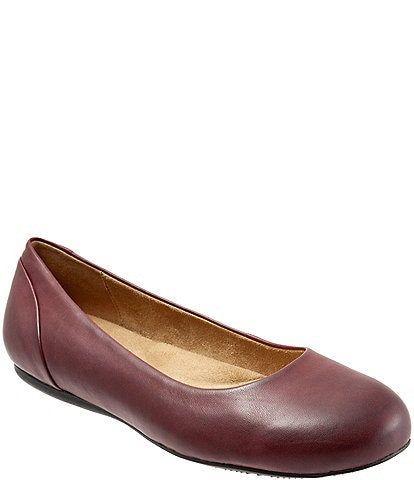 SoftWalk Sonoma Leather Ballet Flats