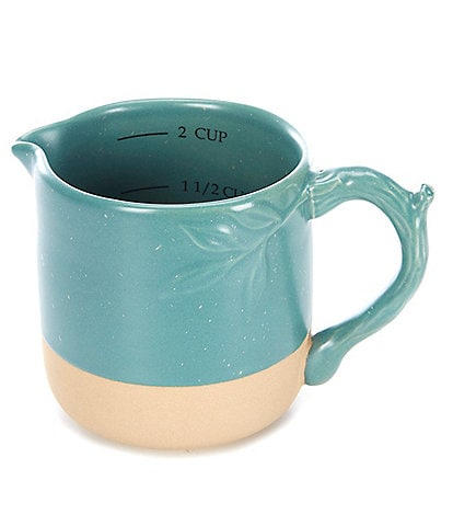 Southern Living 2-Cup Leaf Measuring Cup