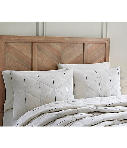 Southern Living Parker Dobby Quilt