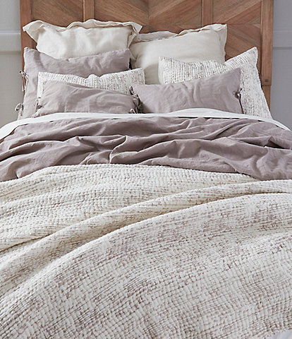 Southern Living Simplicity Collection Whitney Linen & Cotton Quilt
