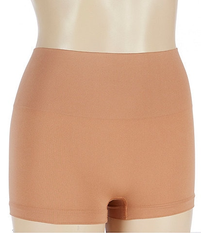 Spanx Seamless Shaping Boy Short