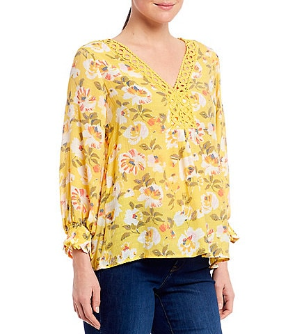 Spense Yellow Floral Print V-Neck 3/4 Smocked Sleeve Circle Crochet Trim Hi-Low Blouse