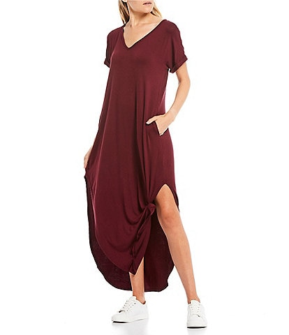 Stilletto's Oversized T-Shirt V-Neck Maxi Dress