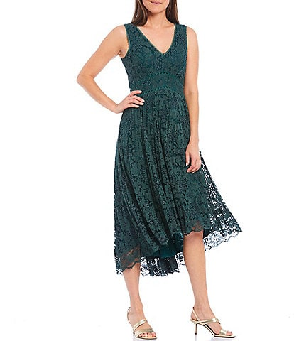 Taylor V-Neck Sleeveless Corded Scallop Lace Pleated Midi Dress