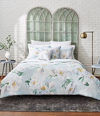 Ted Baker London Wilderness Watercolor Floral Comforter Mini Set